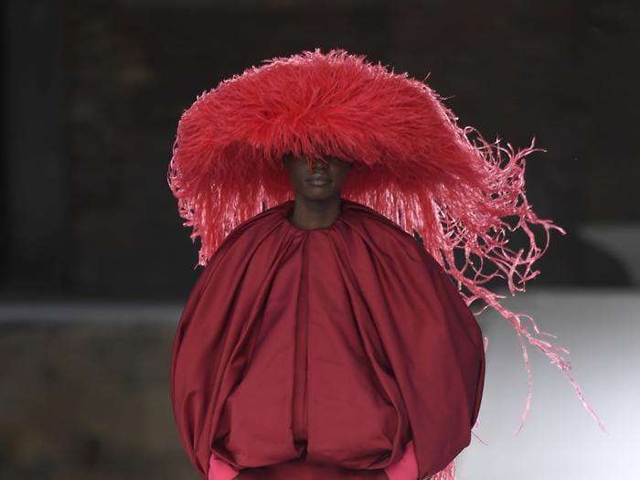 Moda e arte, Valentino fa sfilare la couture dei pittori contemporanei