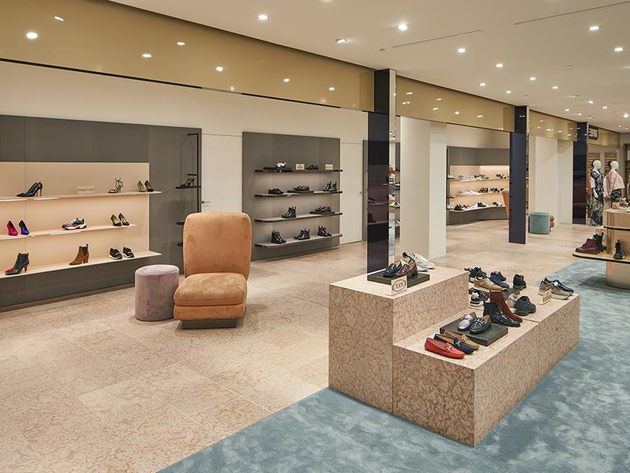 Rinascente Torino   - terzo piano, le scarpe