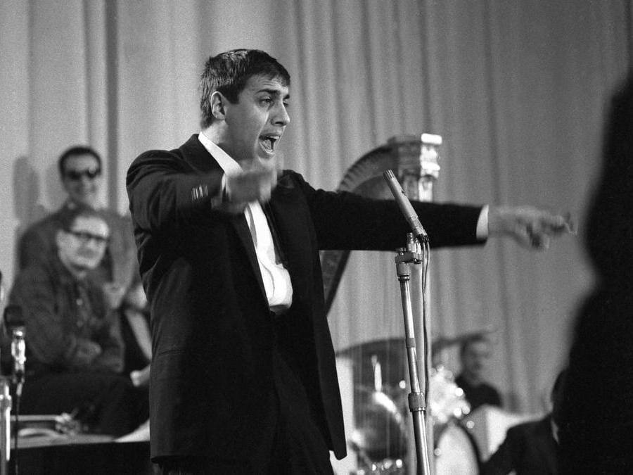 1961. Adriano Celentano