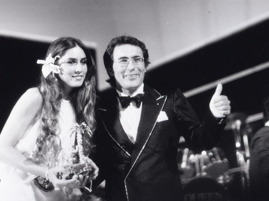 1984. Romina con Al Bano. La cantante indossava una creazione di Enrico Coveri