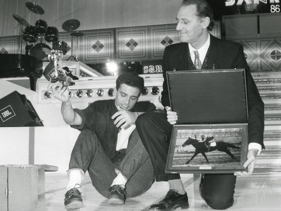 1986. Eros Ramazzotti con Renzo Arbore