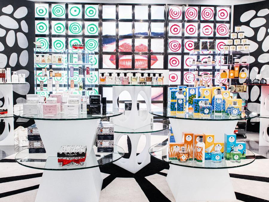 A New York 10 Corso Como ha dedicato un'area a un pop up store con una selezione di marchi della bellezza made in Italy, da Proraso a Marvis (fino al 3 gennaio)