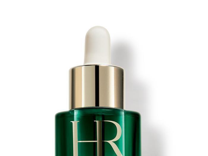 Siero per il viso, un aiuto antietà tra acido ialuronico, fiori e retinolo