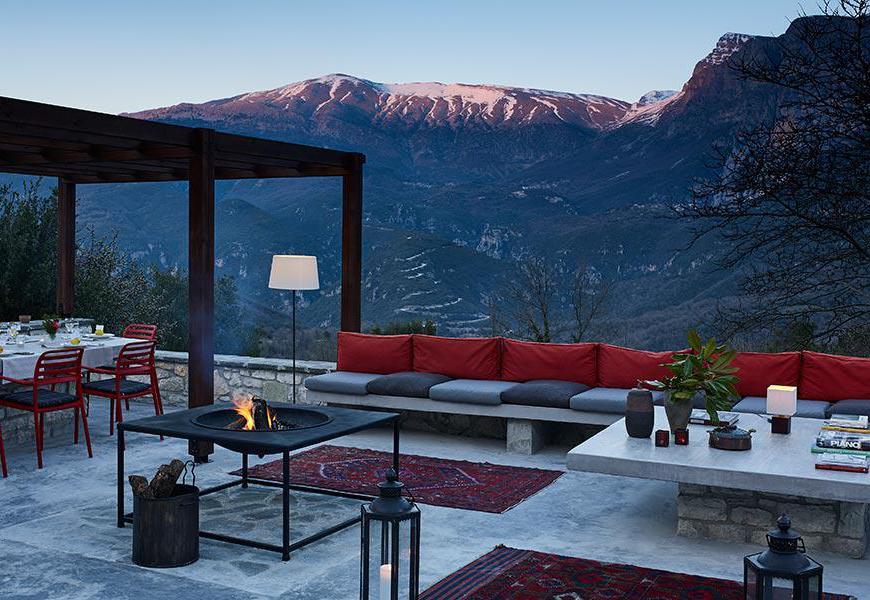 Aristi Mountain Resort  Villas - Grecia. Le aree esterne