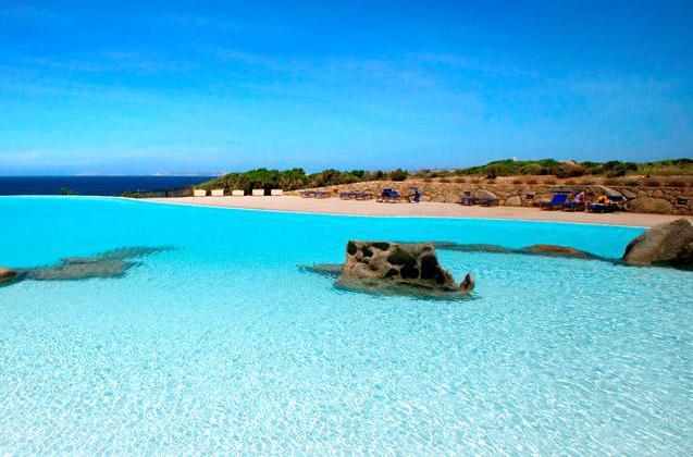 Valle dell'Erica- Sardegna. L'infinity pool