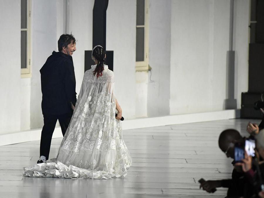 Pierpaolo Piccioli con Fka Twigs (Epa/Julien de Rosa)