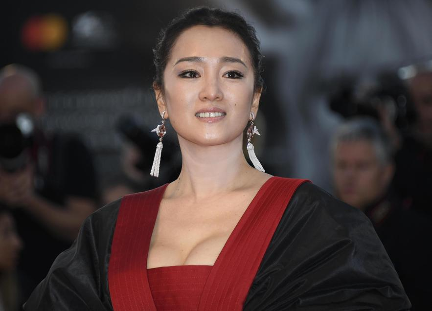 Gong Li con orecchini Boucheron