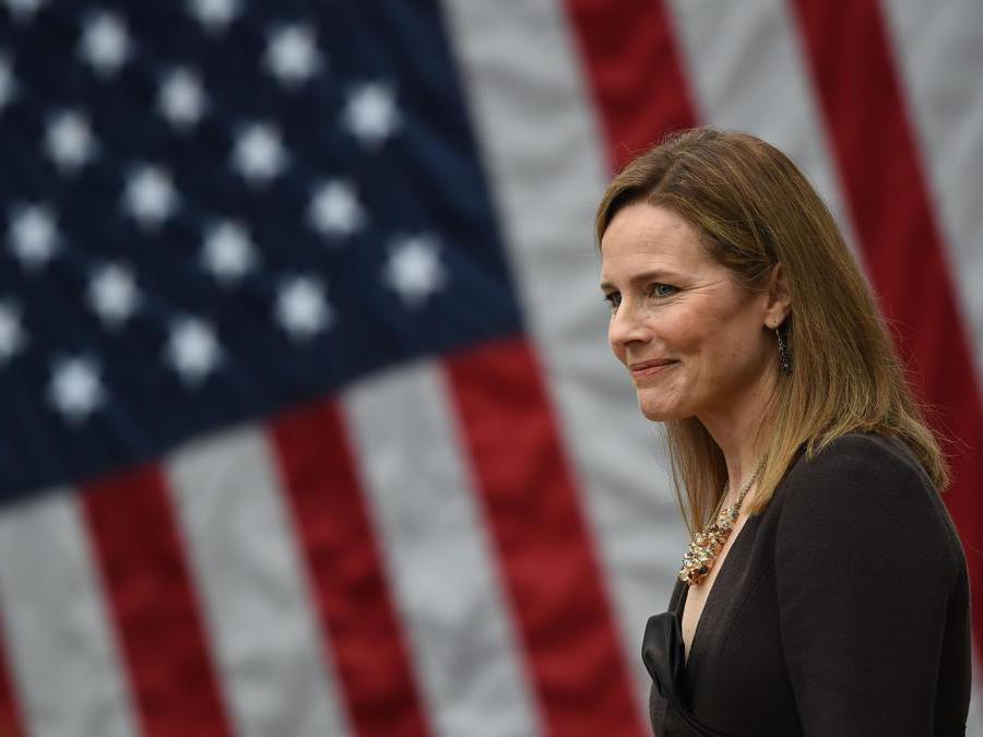 Amy Coney Barrett  (Photo by Olivier DOULIERY / AFP)