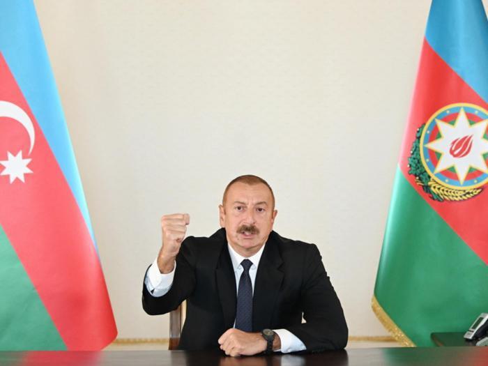Armenia e Azerbaigian combattono per il Nagorno Karabakh. Legge marziale a Erevan