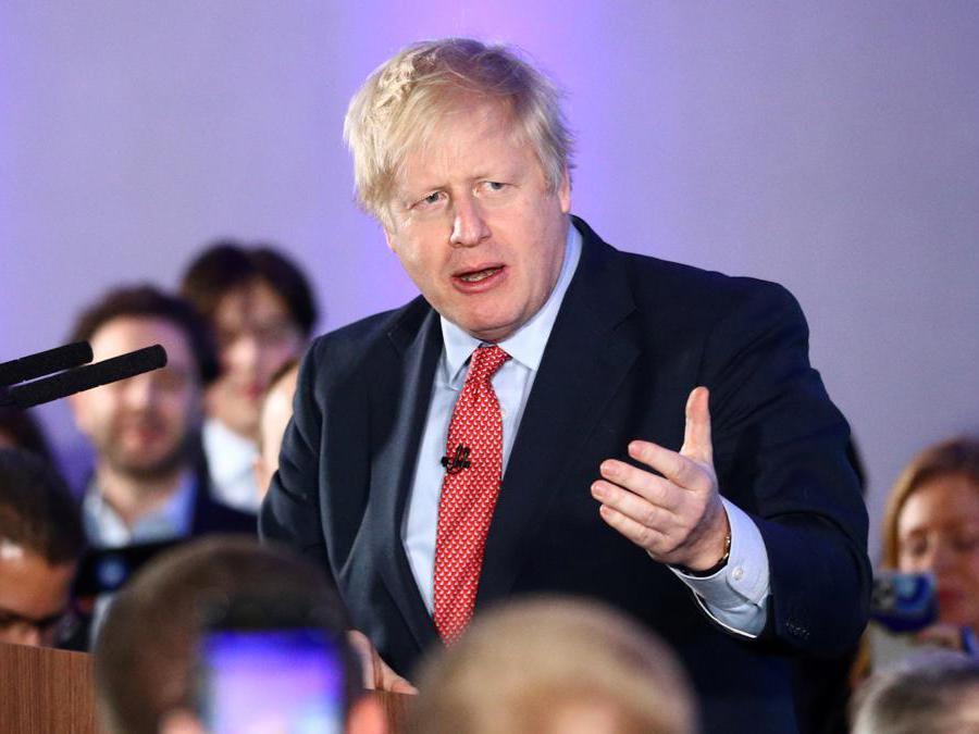 Il primo ministro britannico Boris Johnson durante un evento del partito conservatore a seguito dei risultati delle elezioni generali a Londra (Reuters/Hannah McKay)