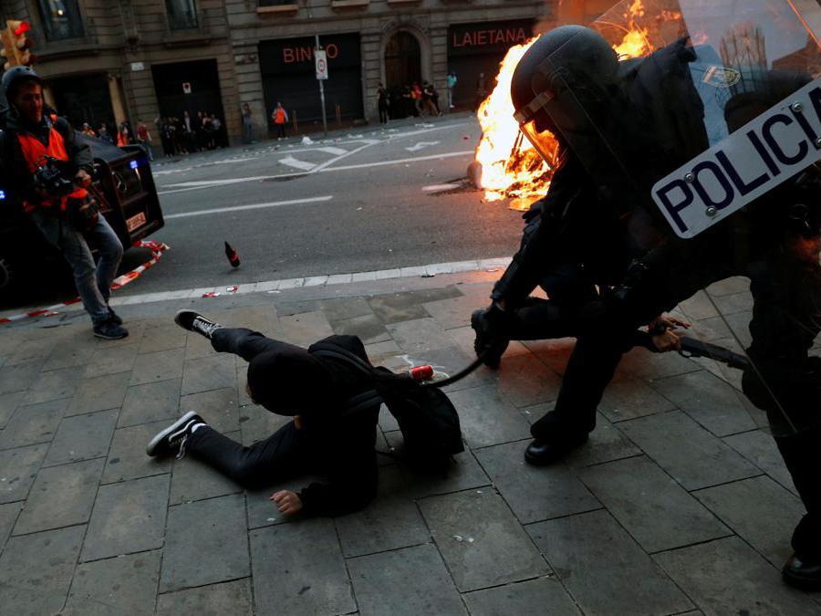 (Reuters/Albert Gea)