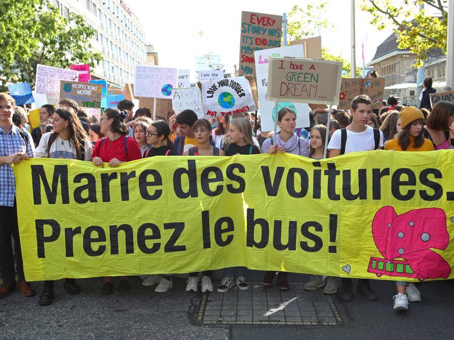 Losanna, Svizzera, 27 settembre 2019. (REUTERS/Denis Balibouse)