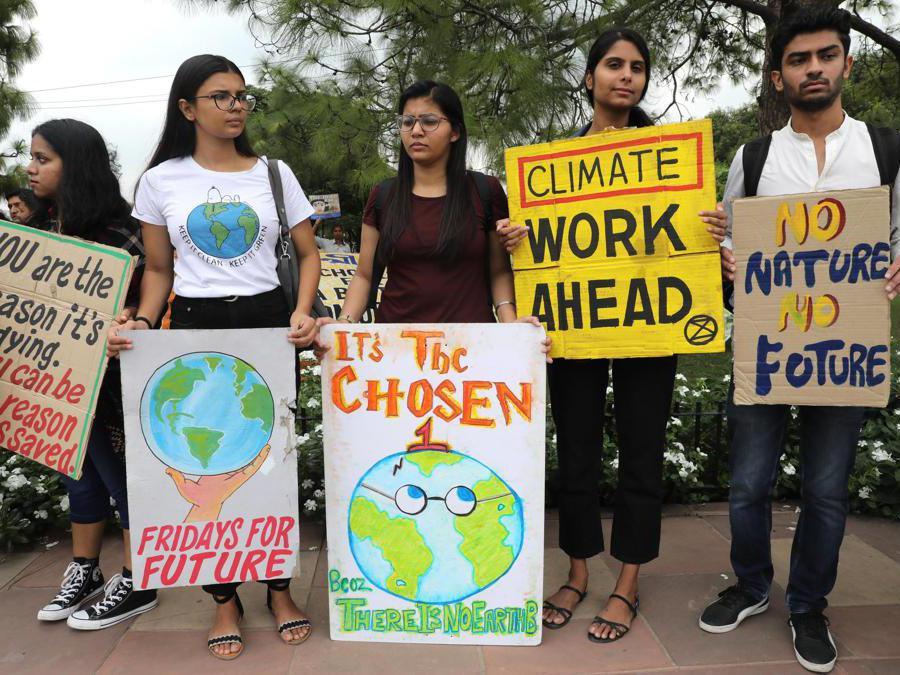 Nuova Delhi, India, 27 settembre 2019 (EPA/RAJAT GUPTA)