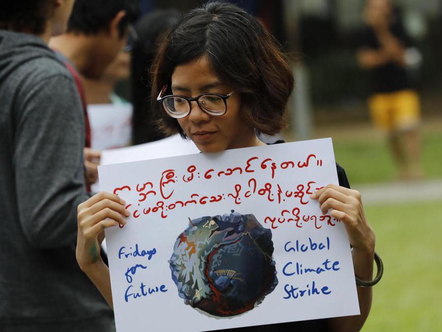 Yangon, Myanmar, 27 settembre 2019 (EPA/LYNN BO BO)