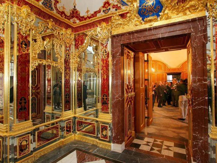 Furto miliardario al Castello di Dresda, le immagini della sala dalle volte verdi