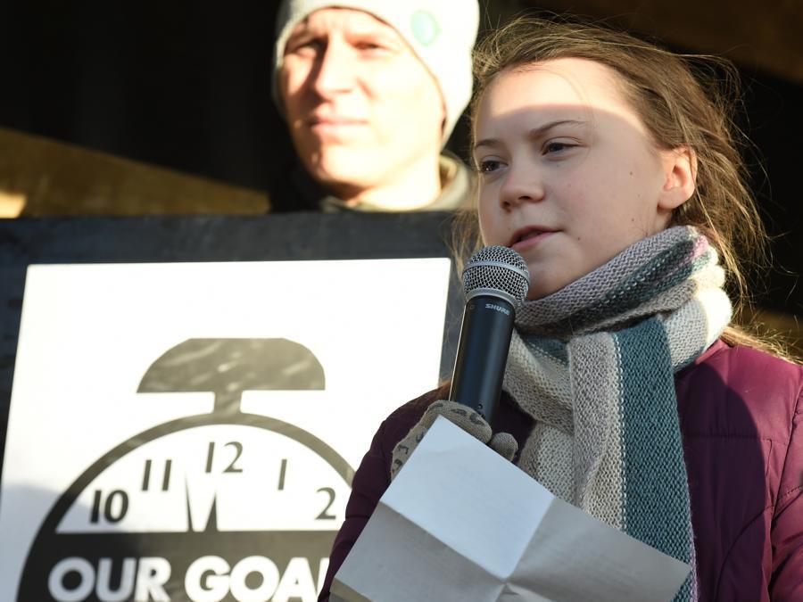 Greta Thunberg, parla durante una marcia per il clima a margine della 24ª Conferenza delle Parti della Convenzione quadro delle Nazioni Unite sui cambiamenti climatici 8 Dicembre 2018 in Katowice, Polonia. (Afp/Janek Skarzynski )