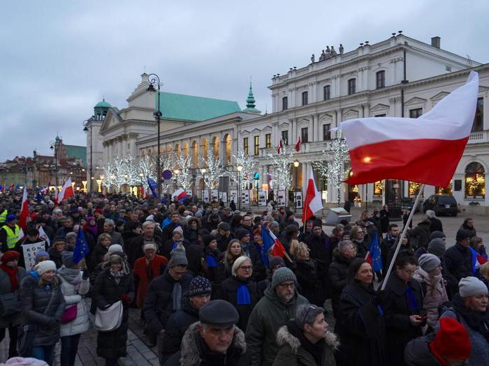 I giudici di tutta Europa marciano contro il Governo polacco