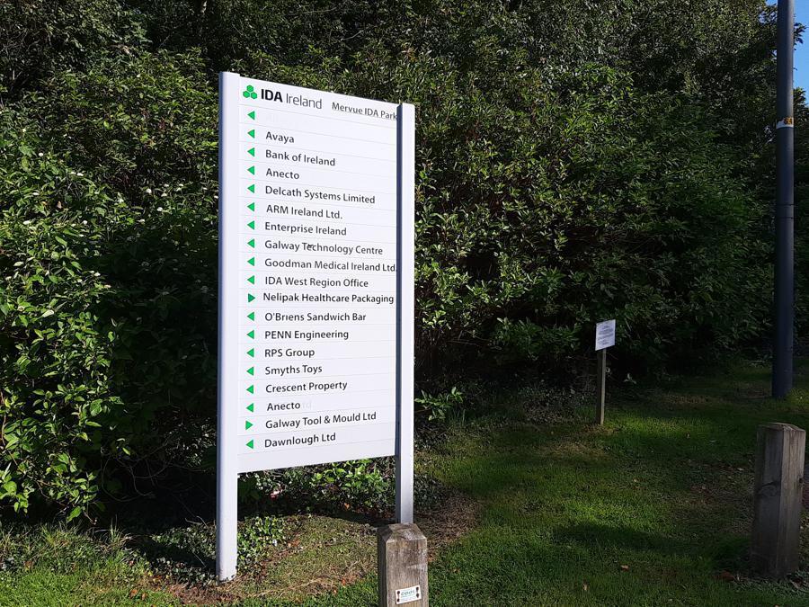 – Il cartello con le indicazioni delle start up insediate nel Galway Technology Centre