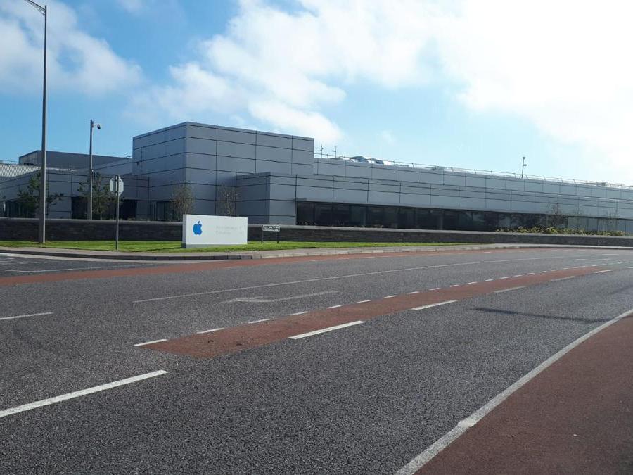 Il quartier generale di Apple in Irlanda a Cork, cittadina scelta come base operativa irlandese dalla web company fondata da Steve Jobs