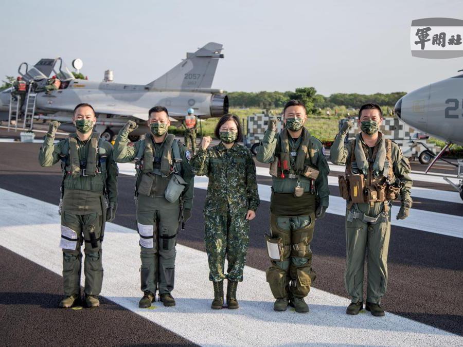 (EPA/TAIWAN MILITARY NEWS AGENCY)