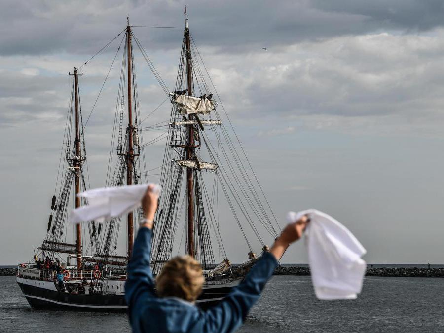 """La nave norvegese """"Thor Heyerdahl """"  (Epa / Filip Singer)"""
