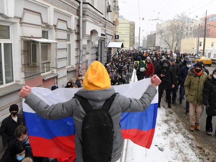 Navalny, da Mosca a San Pietroburgo migliaia di manifestanti in Piazza