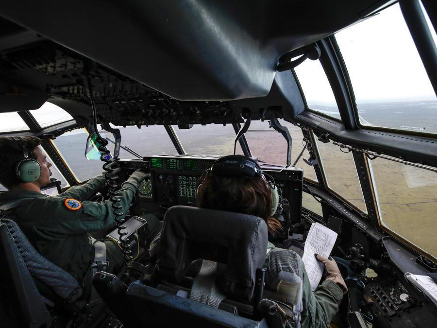 Velivolo C-130 atterra alla base aerea di Keflavik (ISL) dove sono impiegati Caccia F35 italiani nell'operazione NATO Northern Lightning, Keflavik (ISL) 10 Ottobre 2019. ANSA/GIUSEPPE LAMI