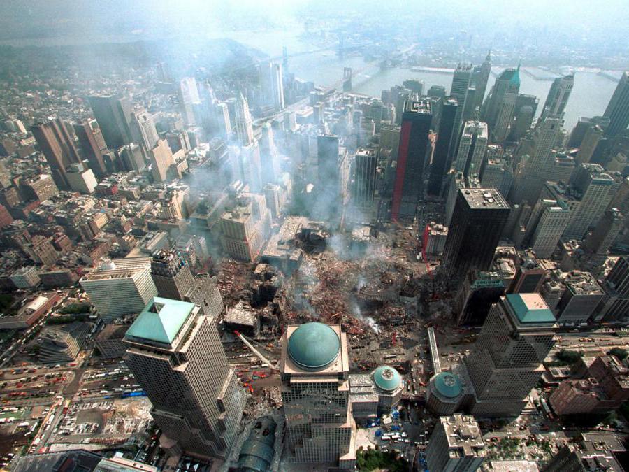 Una vista area di Ground Zero dopo l'attentato. (Reuters)