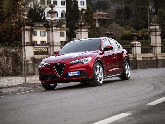 Alfa Romeo Stelvio, le foto delle nuove edizioni speciali