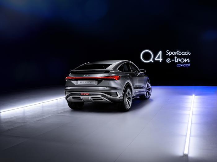 Audi Q4 e-tron Sportback, tutte le foto del suv elettrico