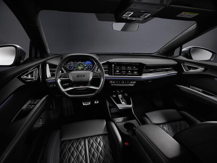 Audi Q4 e-tron, tutte le foto degli interni del nuovo suv elettrico compatto