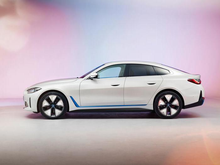 Bmw i4, le prime foto della nuova berlina coupé elettrica