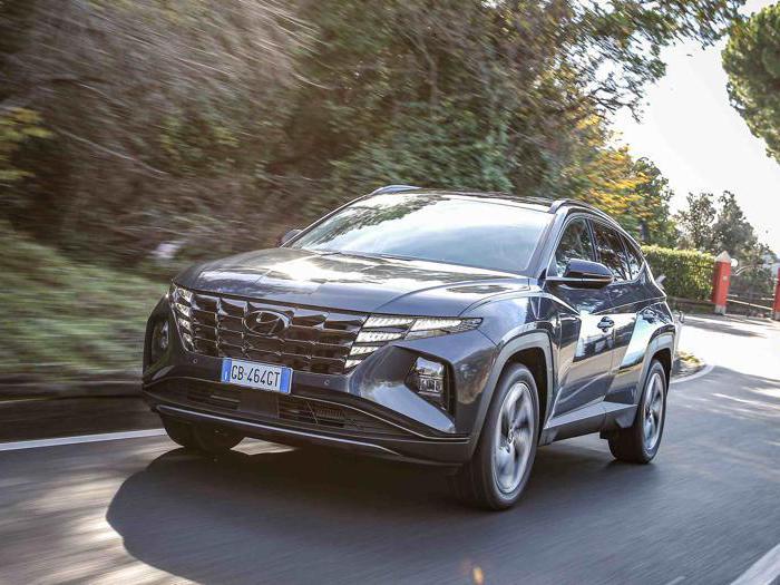 Hyundai Tucson Hybrid, le foto del nuovo suv ibrido