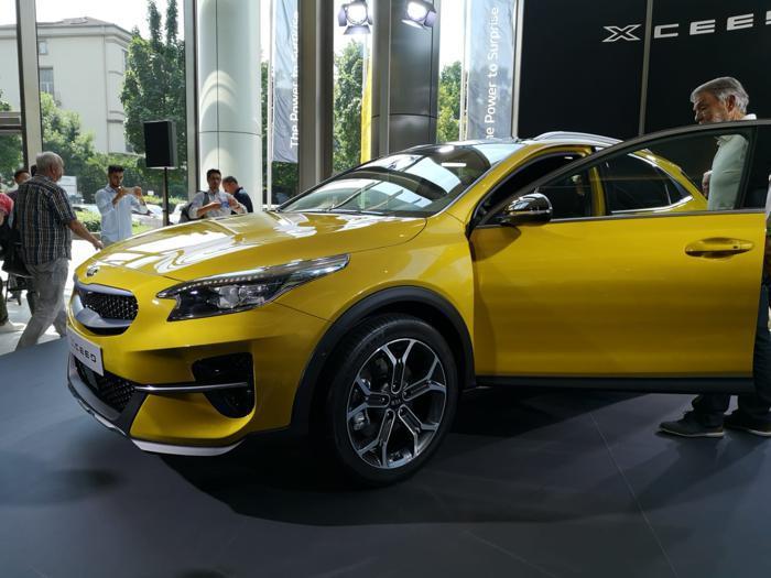 Kia XCeed, le foto del debutto del nuovo crossover