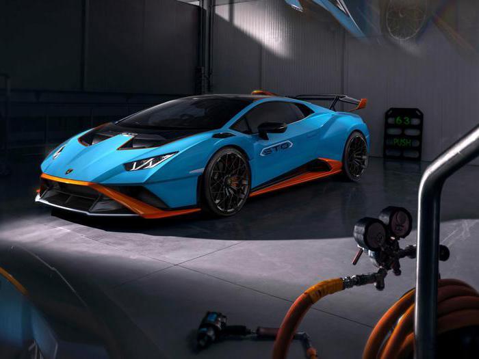 Lamborghini Huracan STO, tutte le foto della nuova supercar di Sant'agata