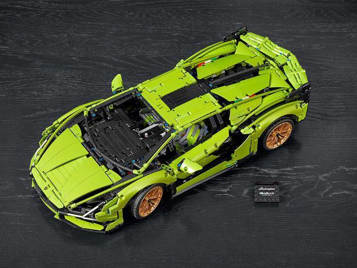Lego Lamborghini Sián FKP 37, tutte foto dell'hypercar costruita con i mattoncini