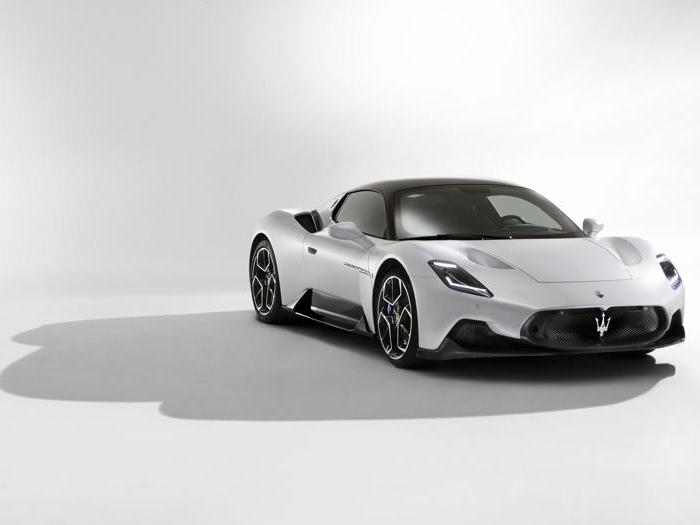 Maserati MC20, tutte le foto della nuova supercar italiana