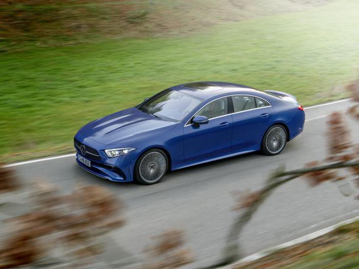 Mercedes Cls, le foto della rinnovata berlina-coupé