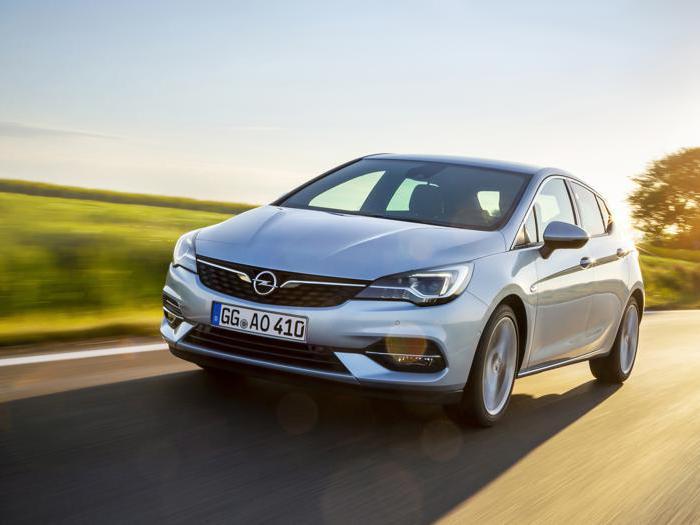 Opel aggiorna Astra, il test drive