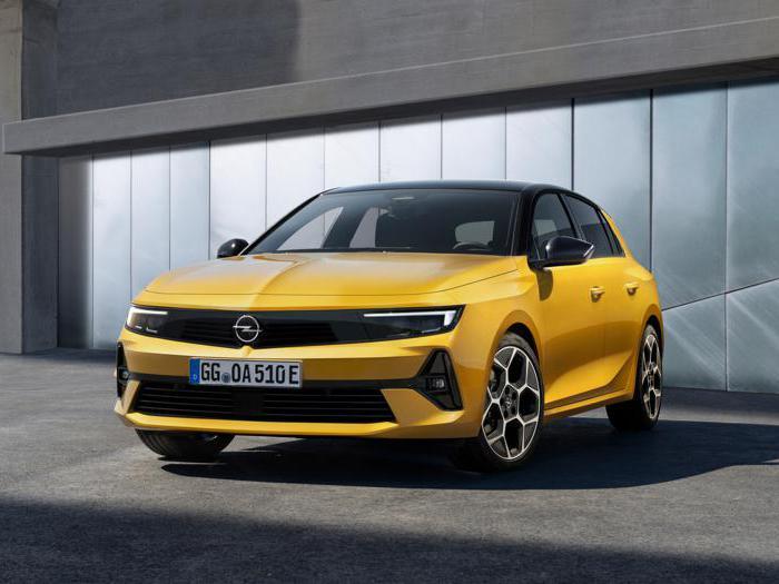 Opel Astra, tutte le foto della sesta generazione