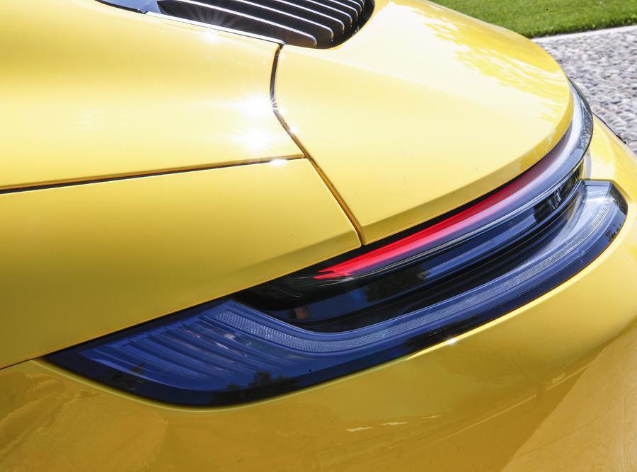 Porsche 911 Gts Cabrio