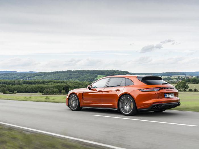 Porsche Panamera, le foto della prova