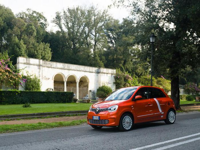 Renault Twingo Electric, tutte le foto della prova