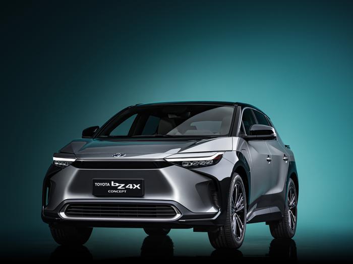 Toyota bZ4X Concept, ecco il suv che anticipa la nuova generazione di auto elettriche