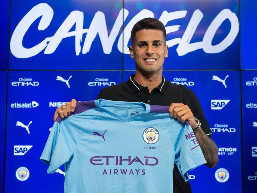 Il 25enne esterno destro portoghese, Joao Cancelo, acquistato dal Manchester City. Nelle casse della Juventus 65 milioni di euro. (Afp)