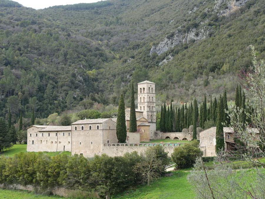 Valnerina, l'abbazia di San Pietro in Valle (Ferentillo), oggi trasformata in piccolo albergo di charme