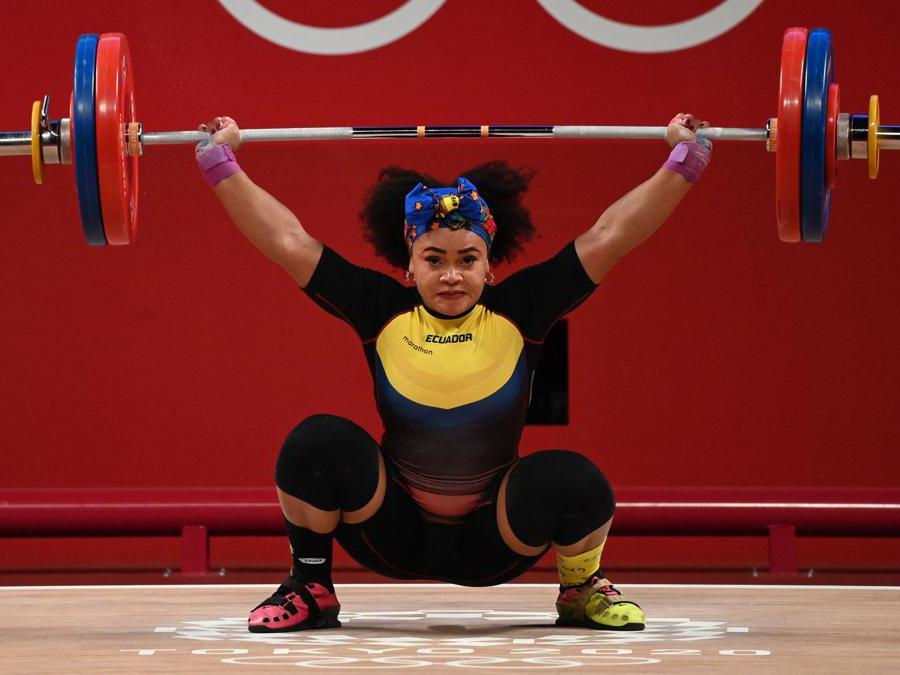 Sollevamento pesi donne 76kg: l'equadoriana Neisi Dajome (Afp/Luis Acosta)