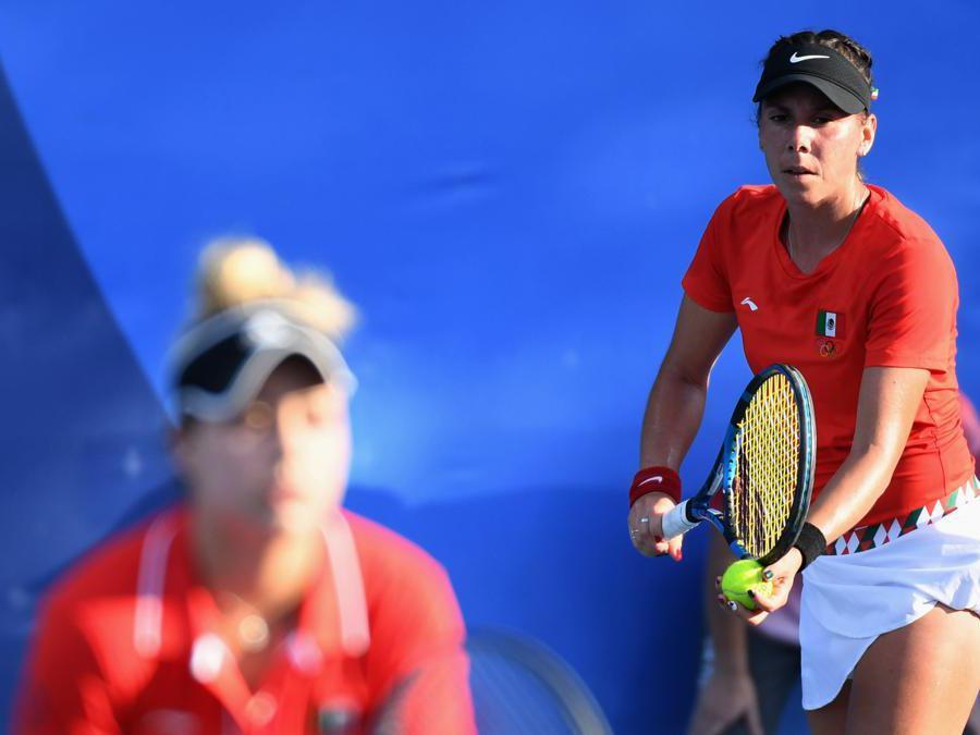 Tennis doppio femminile, le messicane  Giuliana Olmos e Renata Zarazua nel match contro la Spgna (REUTERS/Piroschka Van De Wouw)