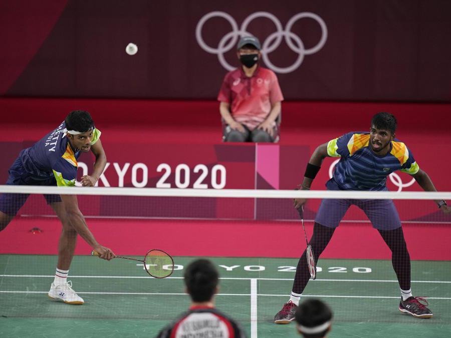 Gli indiani  Satwiksairaj Rankireddy e Chirag Shetty durante la competizione contro gli indonesiani Marcus Gideon e Kevin Zanjaya Sukamuljo   (AP Photo/Markus Schreiber)