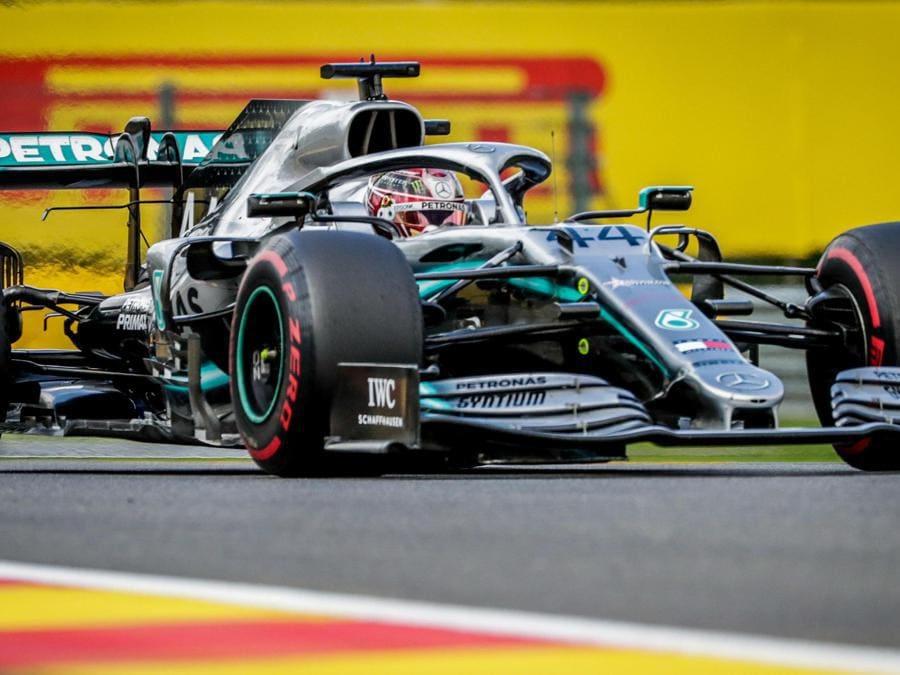 La Mercedes di Lewis Hamilton (EPA/STEPHANIE LECOCQ)